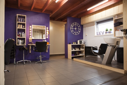 Salon lev hairstyling nagels wimpers visagie for Above all grand salon
